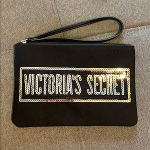 Victoria's Secret Makeup Bag 💼